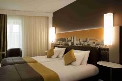 HOTEL MERCURE CITE DES PAPES-1952